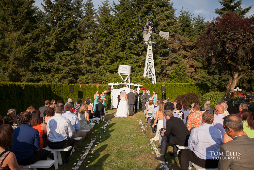 Outdoors wedding ceremony at the Hollywood Schoolhouse