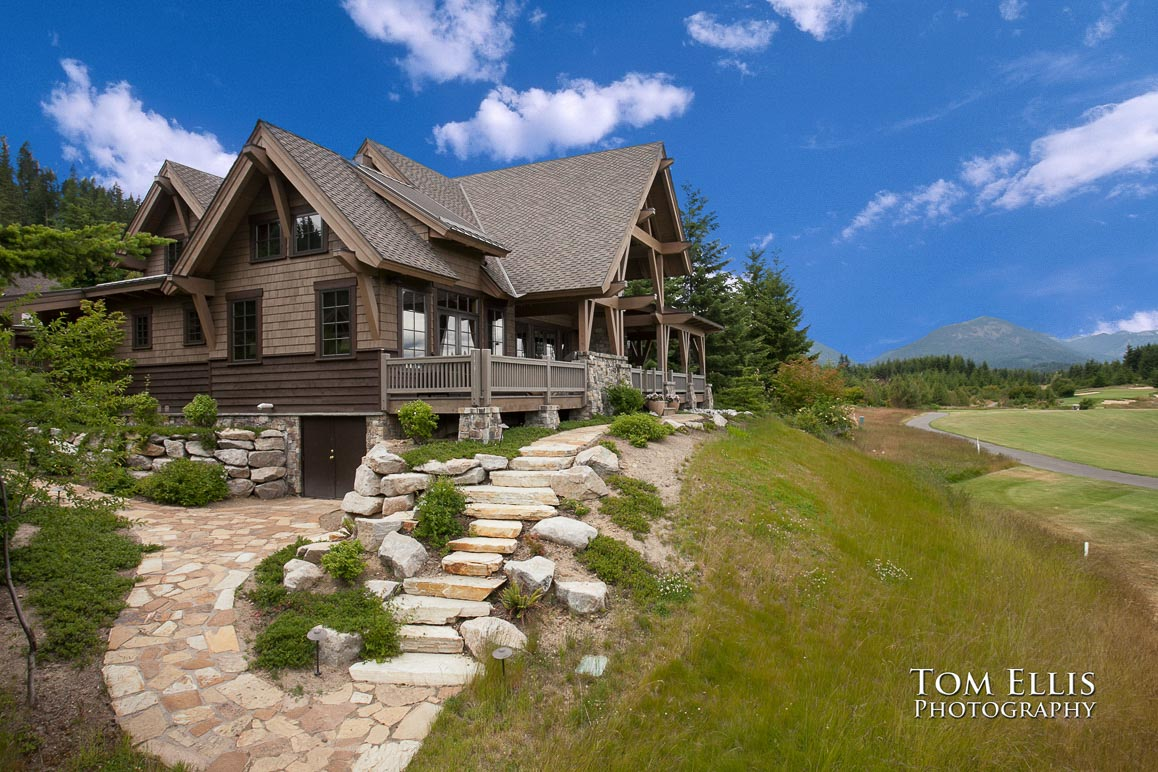 Real Estate Photo, Cabin at Suncadia, exterior shot with new sky added