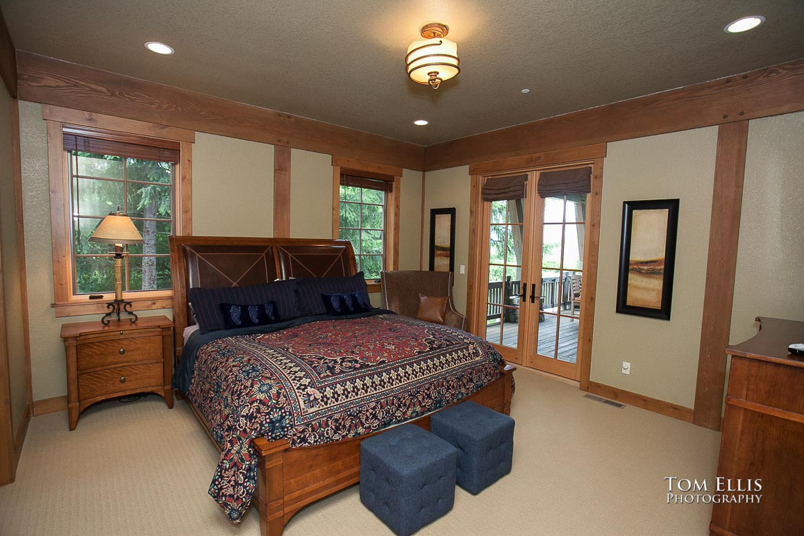 Real estate photography, guest bedroom #1